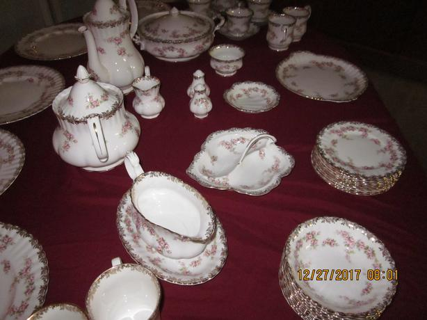 OFFERS FOR  ROYAL ALBERT  DIMITY ROSE CHINA