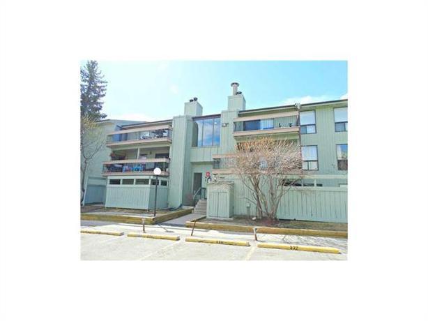 #314-10120 Brookpark Blvd SW, Braeside Condo, Available NOW!