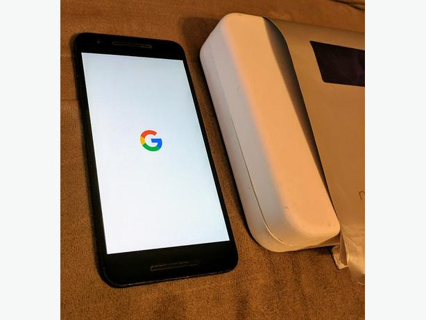 Nexus 6P w/ lots of cases!