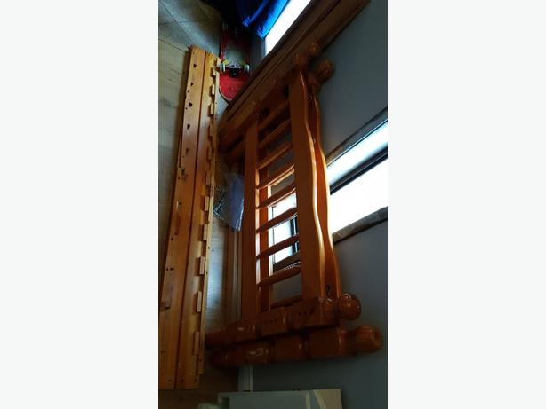 FREE: Single Bed Frame
