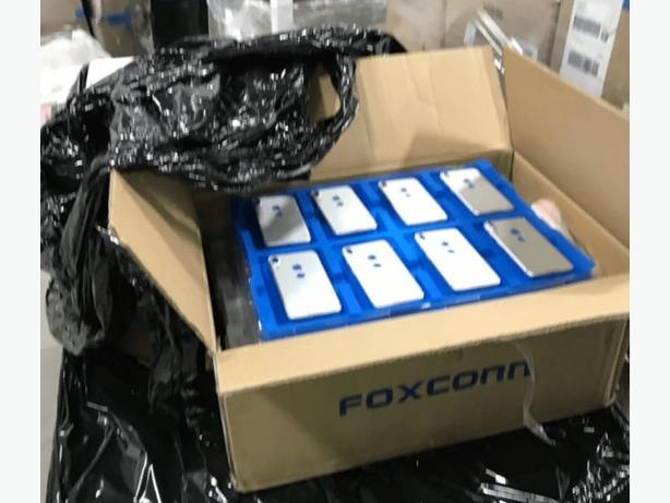 Brand New Apple iPhone 8 Original Factory Unlocked
