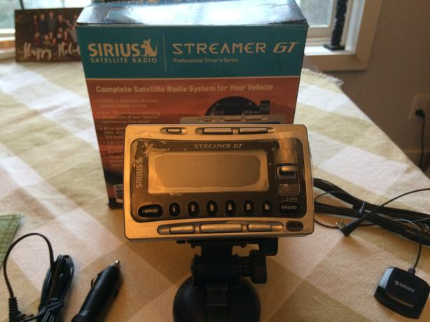 Sirius Streamer GT Satellite Radio System...Never Used~!