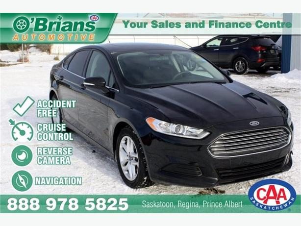 2014 Ford Fusion SE - Accident Free w/Nav