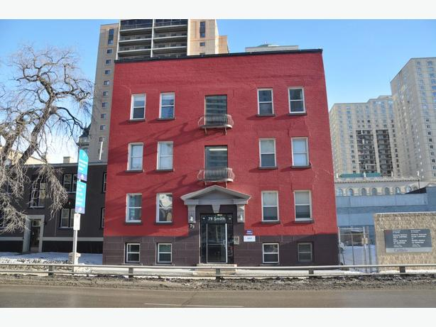 17-79 Smith Street -Professionally Marketed by Judy Lindsay Team