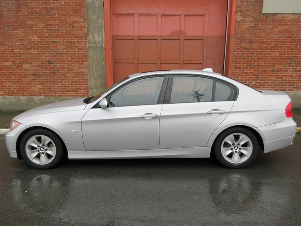 2007 BMW 323i Sedan - ON SALE! - 62,*** KM! - FULLY LOADED!