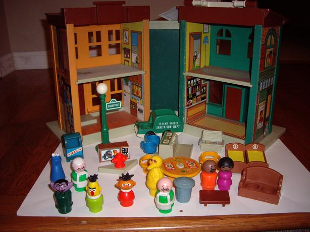 FISHER PRICE TOYS SESAME STREET