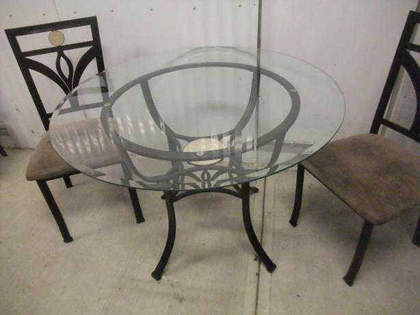 "45"" Beveled Glass Table"