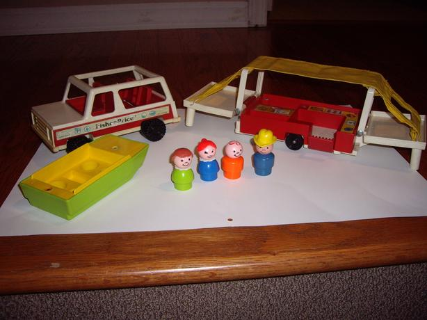 FISHER PRICE TOY CAMPING JEEP, TENT, BOAT