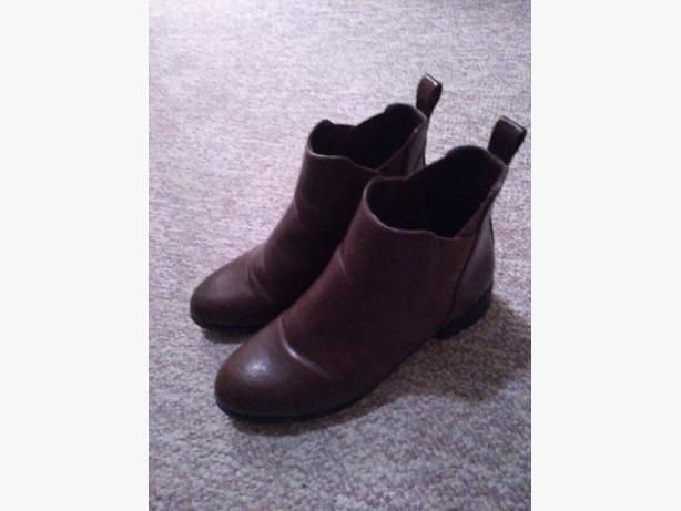 Matt & Nat Vegan boots