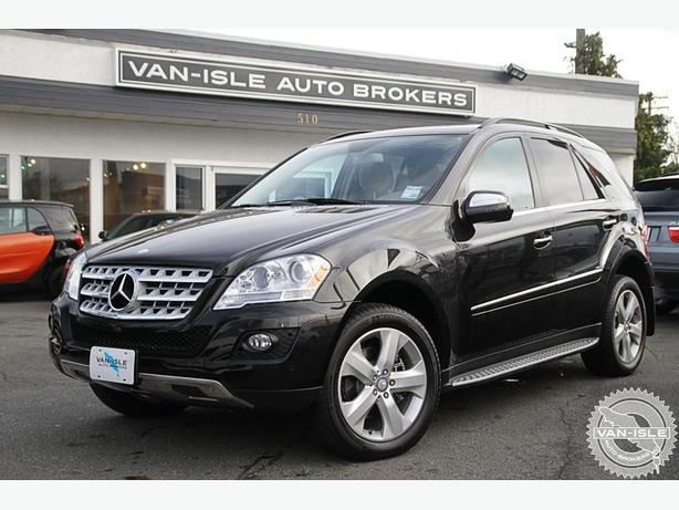 2010 Mercedes-Benz ML350 60,000KM