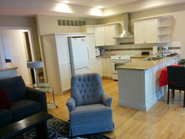 WATERFRONT SUITE! COMOX. FURN'D/FULLY EQUIPPED/ALL-INCLUSIVE! JAN