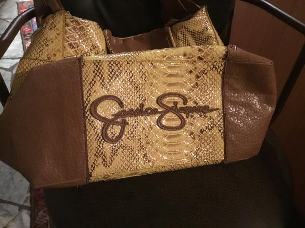 jessica. simpsonfaux leather shoulder bag
