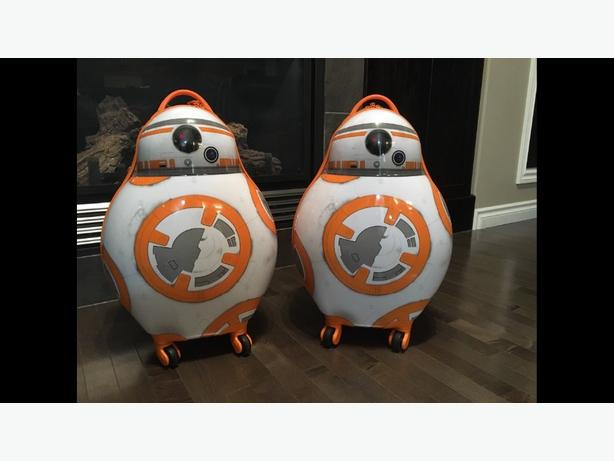 BB8 rolling luggage