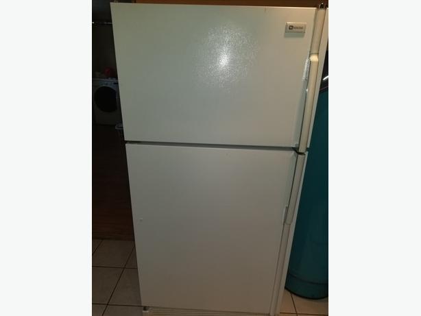 18.8 cf Maytag fridge