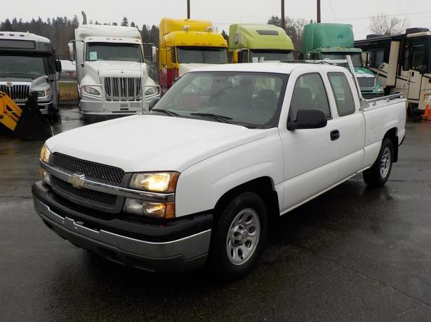 2005 Chevrolet Silverado 1500 Work Truck Ext. Cab Short Bed 2WD