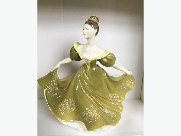 6 Royal Doulton Figurines