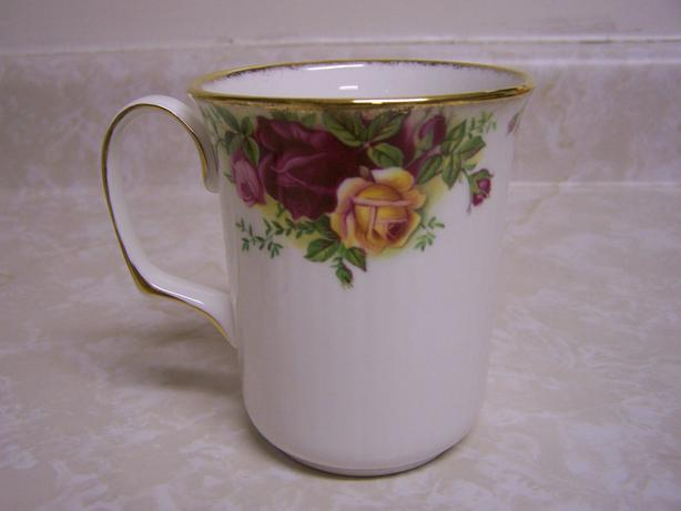 Old Country Rose Mug - Bristol Style
