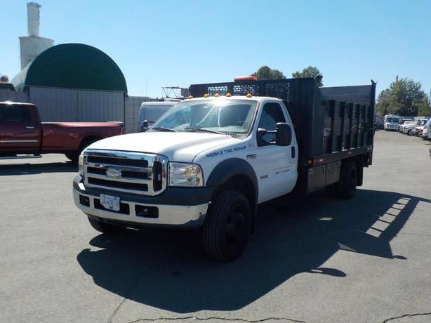 2007 Ford F-450 SD XL Regular Cab 14 Foot Flat Deck Dually Diesel 2WD w/ Power T