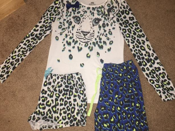 Pj set from justice size 16/18 used a couple of times in good shape
