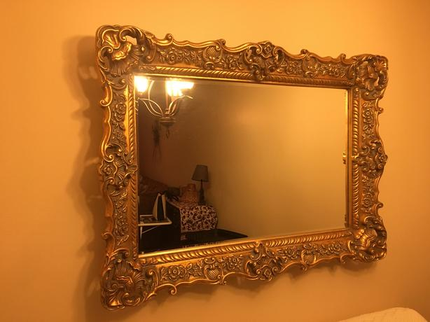 Ornate Goldframe Mirror