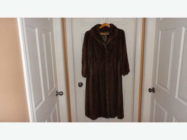 Full length Mink fur coat new one