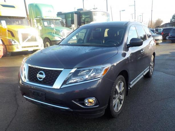 2014 Nissan Pathfinder Platinum 4WD 3rd row seating
