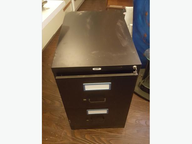 legal size file cabinet perfect condition
