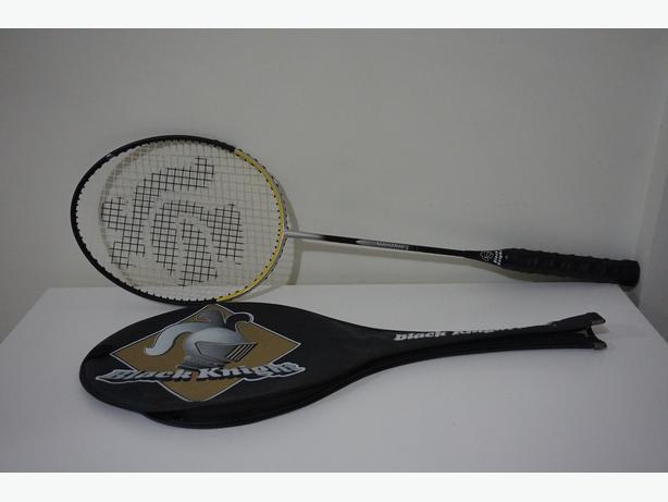 Black Knight - Badminton Racket (like new)
