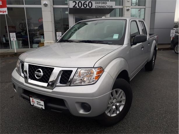 2017 Nissan Frontier SV, 4x4, Nice and clean truck