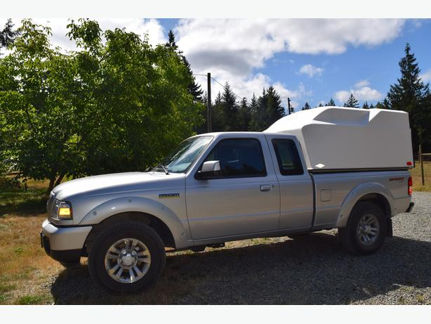 Low Kms, Great little truck with canopy and tow package