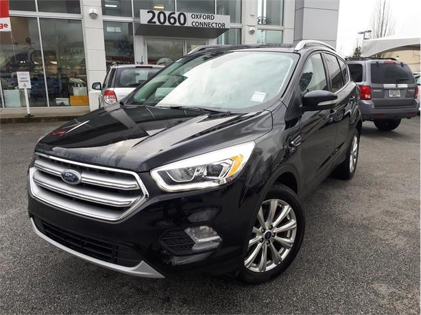 2017 Ford Escape TITANIUM, 4X4 NAVIGATION, LEATHER, PANORAMIC ROOF