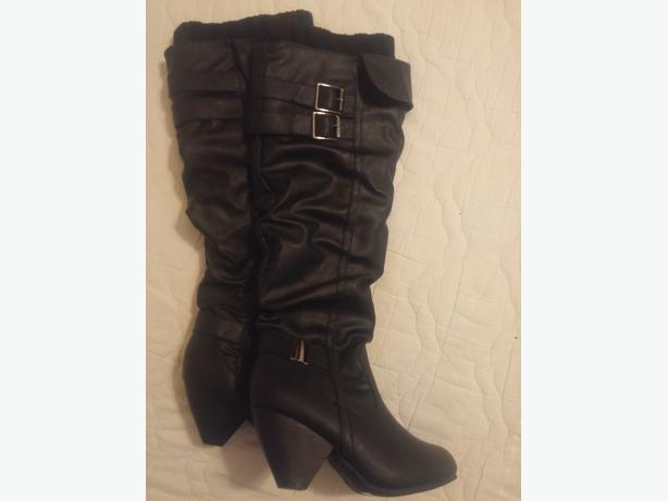"Size 7 Black boots 20"" high   (Brand new, never worn)"