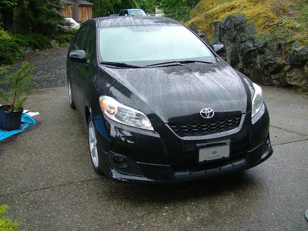 2010 Toyota Matrix 5 speed Rare 2.4L XR - Trade for a truck