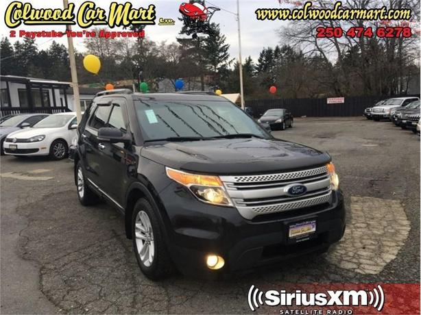 2013 Ford Explorer XLT  4X4 - 7 Passenger - Sunroof