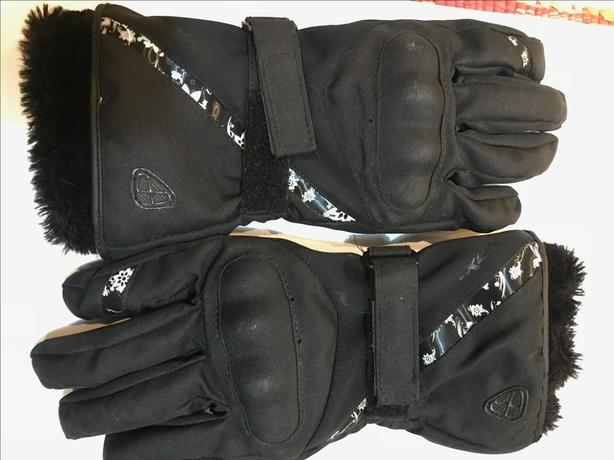 Ladies M/L winter Kevlar motorcycle gloves