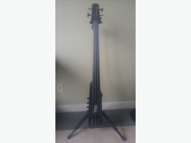 BSX UPRIGHT ELECTRIC BASS
