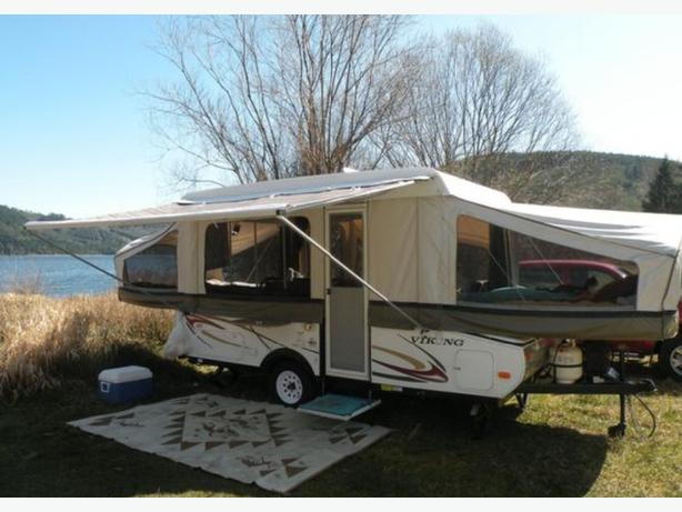 2011 viking epic 2385 Mint condition tent trailer