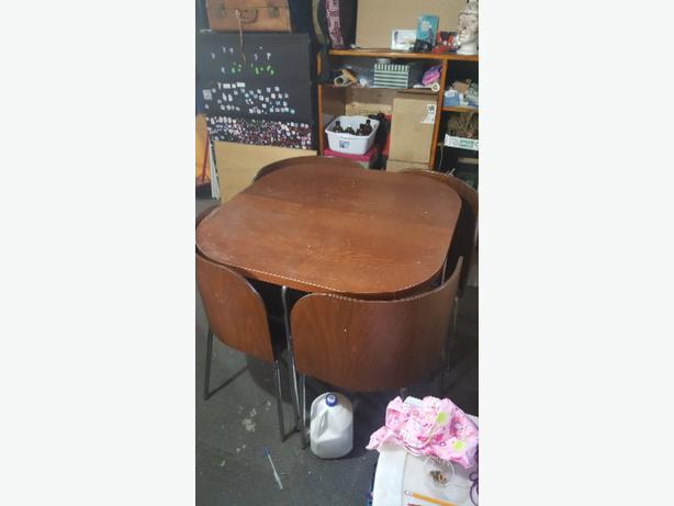 nesting chair table