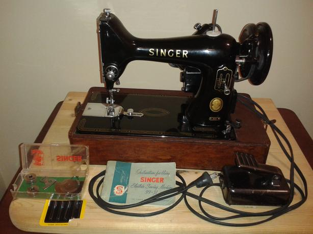NICE VINTAGE SINGER *FULLY SERVICED* 99k Sewing Machine