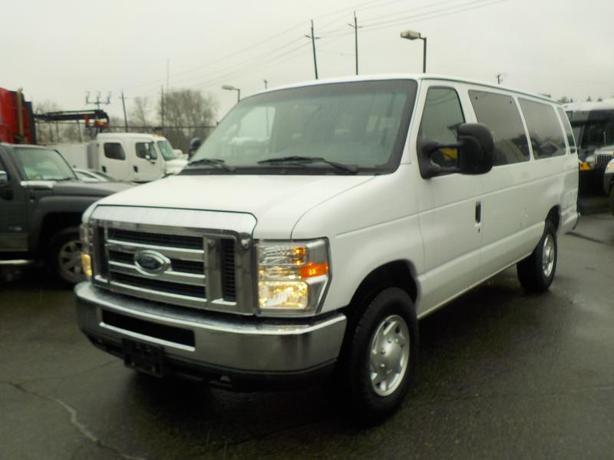 2012 Ford Econoline E-350 Super Duty Extended 15 Passenger Van