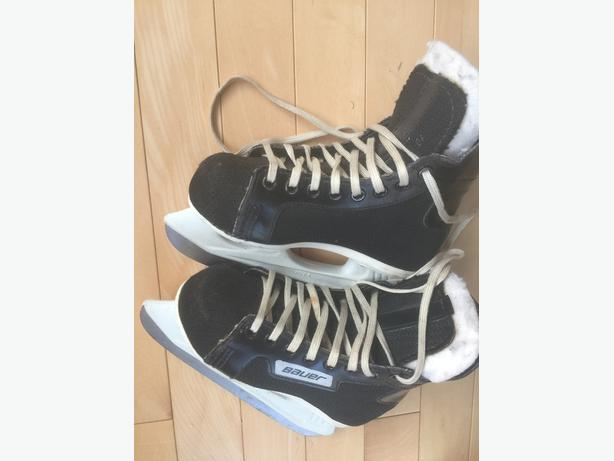 Boy' Bauer Skates  Size 10