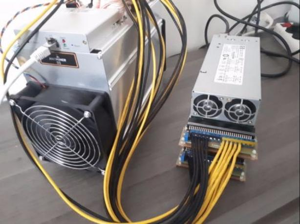 Bitmain Antminer D3 15-21 Gh/s - Last batch - X11 Miner - Ready to ship