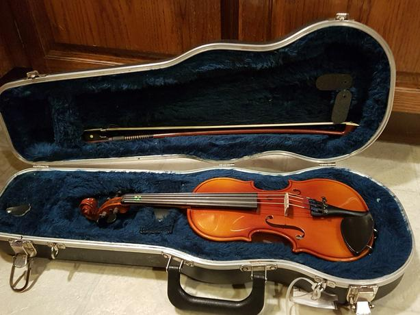1/8th Schoenbach 260 violin