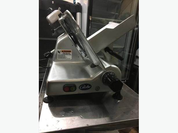 "Globe G12 12"" Manual Gravity Meat Slicer"