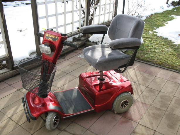 METALLIC RED PRIDE CELEBRITY SCOOTER FOR SALE