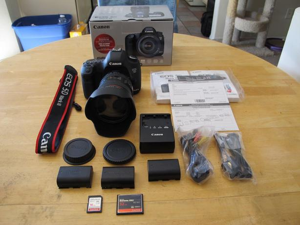 Canon 5D Mark III DSLR avec objectif 24-105 f4 L