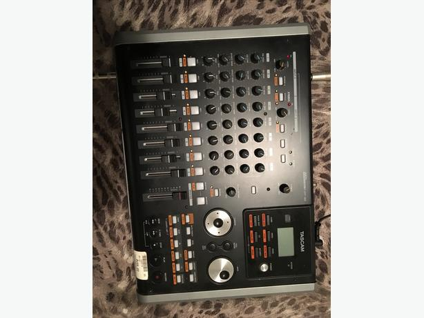 Tascam recording unit