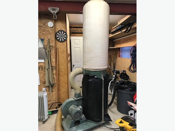 Dust Collector with Hose, Remote Control & Fittings