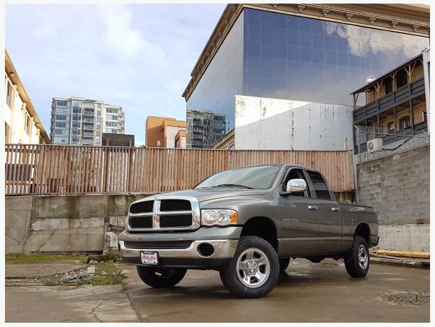 ** 2005 DODGE RAM 1500 4X4 - AUTO QUAD CAB