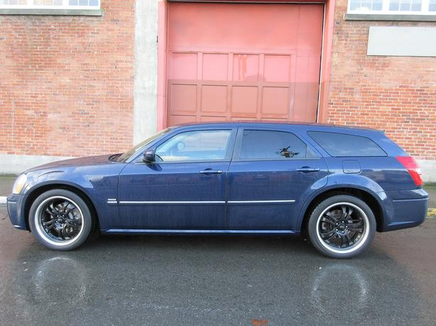 2005 Dodge Magnum RT HEMI - NAVIGATION!